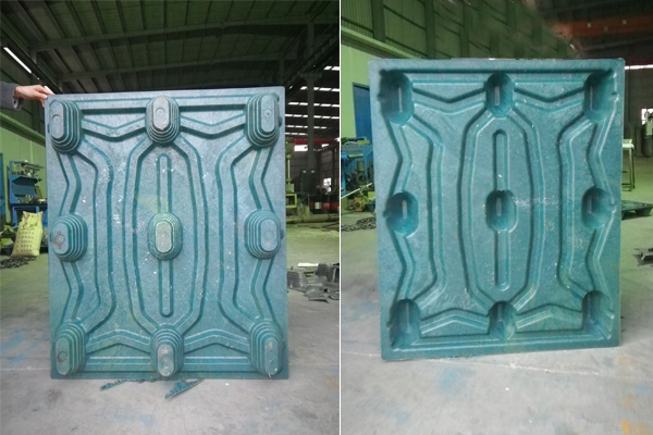 compressed plastic pallet