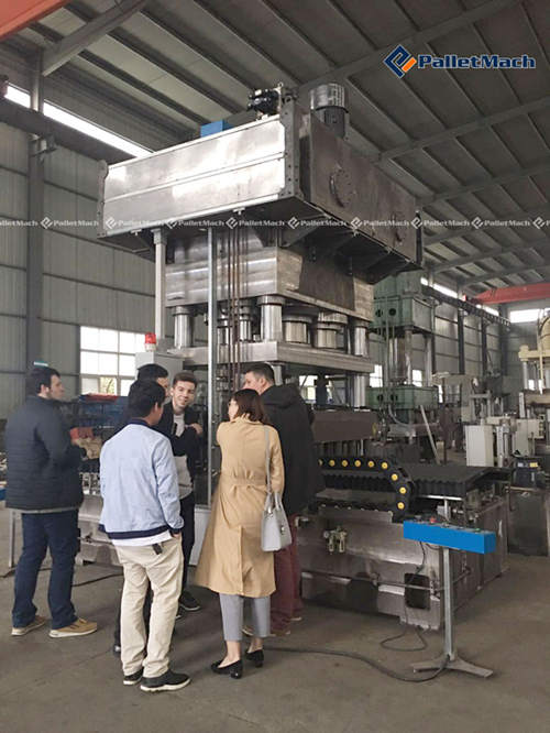 Clients from Russia Visited Wood Pallet Equipment Plant ...